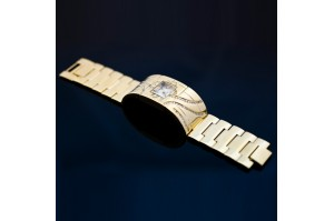 /13-64-thickbox/montre-femme-plaque-or-3d-vip.jpg