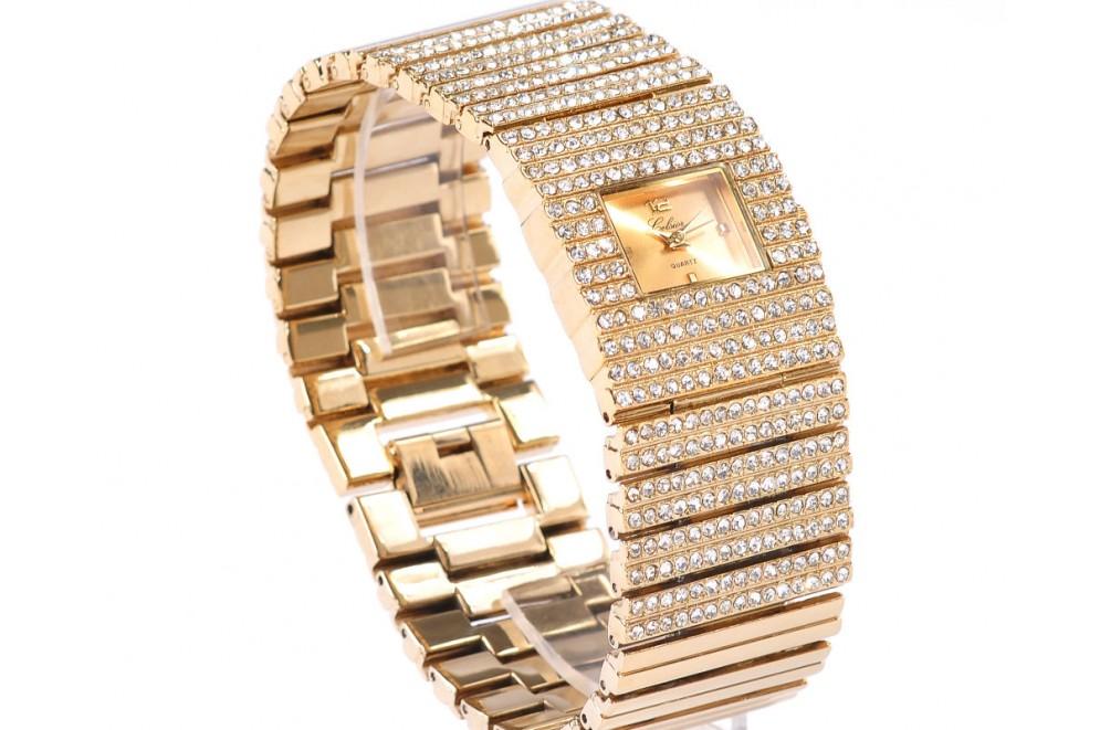 54f29322389 Montre Femme Gourmette Bracelet Bijou Plaqué Or Strass - TresorAvenuE