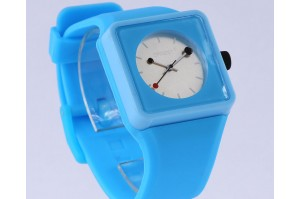 /335-1434-thickbox/montre-unisex-fashion-coulor-wov052.jpg